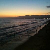 Foto tomada en Boardwalk - Santa Monica Beach por April J. el 8/11/2012