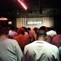 Photo prise au DC Improv Comedy Club par P H. le6/24/2012