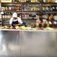 Foto tirada no(a) Bar do Luiz Fernandes por Marcello R. em 6/23/2012