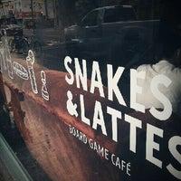 Foto tirada no(a) Snakes & Lattes por Taylor O. em 6/24/2012