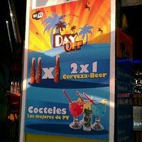 7/27/2012 tarihinde Luis S.ziyaretçi tarafından Day Off Beach Bar'de çekilen fotoğraf