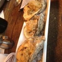 Foto scattata a Liberty Kitchen & Oyster Bar da sidney il 8/4/2012