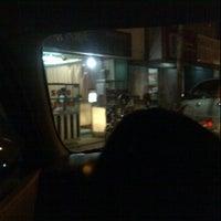 6/23/2012 tarihinde yolan d.ziyaretçi tarafından Sate Padang Ombak Pariaman'de çekilen fotoğraf