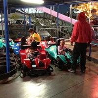3/5/2012 tarihinde Stephany C.ziyaretçi tarafından Las Vegas Mini Gran Prix'de çekilen fotoğraf