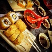 Foto diambil di Sushi Washoku oleh Aram pada 7/18/2012