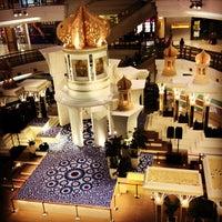 รูปภาพถ่ายที่ 1 Utama Shopping Centre (Old Wing) โดย EJ เมื่อ 8/19/2012