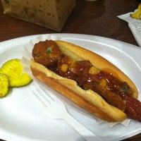 2/29/2012にCaitlin L.がCool Dog Cafeで撮った写真