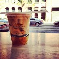 4/19/2012にMatt D.がBlue Bottle Coffeeで撮った写真