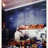 4/15/2012 tarihinde Nicole F.ziyaretçi tarafından Smith Canteen'de çekilen fotoğraf