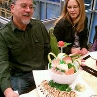 2/25/2012 tarihinde Tom H.ziyaretçi tarafından Kyoto Sushi Bar'de çekilen fotoğraf