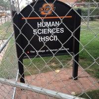 Photo prise au Human Sciences par Jodie R. le7/9/2012