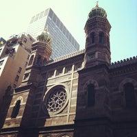 รูปภาพถ่ายที่ Central Synagogue โดย NewYorkJP เมื่อ 3/27/2012