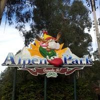 รูปภาพถ่ายที่ Alpen Park โดย Cleiton Eduardo S. เมื่อ 7/9/2012