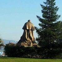 Снимок сделан в Monumento a Juan Pablo II пользователем Abogado Pamplona w. 2/10/2012