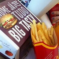 Foto scattata a McDonald's da Marcos D. il 5/28/2012