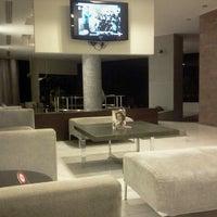 รูปภาพถ่ายที่ Hotel Olympia Thessaloniki โดย Lourdes B. เมื่อ 8/12/2012