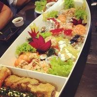 Foto scattata a Hachi Japonese Food da Stella L. il 6/17/2012