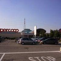 Foto tirada no(a) Centro Commerciale La Favorita por Giancarlo M. em 6/15/2012