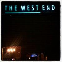 Foto tirada no(a) The West End Gastro Pub por Sol B. em 7/18/2012