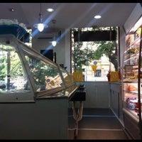 Снимок сделан в Il Gelato Bistrò пользователем Ilenia 7/28/2012