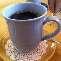 Photo prise au Los Equipales Restaurant par Joy B. le5/31/2012