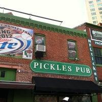 5/15/2012에 Laurie V.님이 Pickles Pub에서 찍은 사진