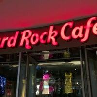 Foto tirada no(a) Hard Rock Cafe Sydney por ruwan em 8/26/2012