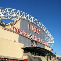 Foto tirada no(a) Thomas & Mack Center por Rob M. em 3/9/2012