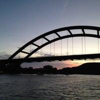 Снимок сделан в 360 Bridge (Pennybacker Bridge) пользователем Alyson S. 7/1/2012