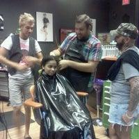 Снимок сделан в Hail The Hair King Salon & Spa пользователем Vikki B. 4/18/2012