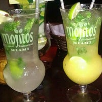 Photo prise au Mojitos Cuban Restaurant par Jose M. le4/1/2012