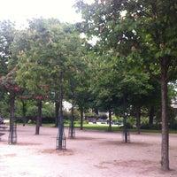 Foto scattata a Jardins des Champs-Élysées da Jorge D. il 5/17/2012