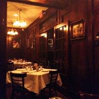 Foto tomada en Bob's Steak & Chop House por Stina M. el 7/29/2012