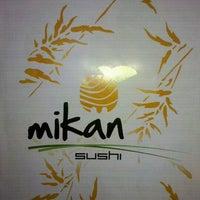 Photo prise au Mikan Sushi Santiago par Carito P. le4/25/2012