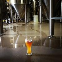 Снимок сделан в Karbach Brewing Co. пользователем Ashley M. 8/18/2012