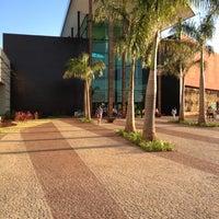 Foto tirada no(a) Uberlândia Shopping por Reginaldo S. em 6/16/2012