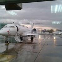 Foto tomada en FBO Aerocardal por Ivan M. el 6/13/2012