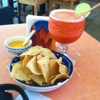 Foto diambil di La Choza oleh Bonarge M. pada 4/6/2012