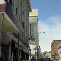 Foto scattata a Good Hotel da Sara V. il 4/22/2012
