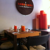 Foto tirada no(a) Como Como Osteria Mediterranea por bubu em 7/4/2012