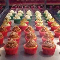 7/19/2012에 Rafael I.님이 Cupcake.ito에서 찍은 사진