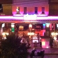 6/28/2012 tarihinde fishka 7.ziyaretçi tarafından Angels Restaurant & Bar'de çekilen fotoğraf