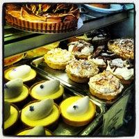 Das Foto wurde bei Tartine Bakery von DavidPatrone P. am 6/30/2012 aufgenommen