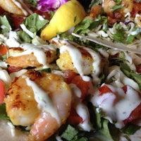 Foto tomada en Siesta Key Oyster Bar por sandra m. el 8/31/2012