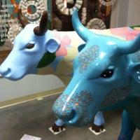 Foto tirada no(a) Artspace Visual Arts Center por Christopher H. em 8/4/2012