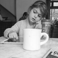 8/23/2012 tarihinde Kaleigh D.ziyaretçi tarafından Last Drop Coffee House'de çekilen fotoğraf