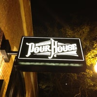 8/26/2012にKarinがOld Town Pour Houseで撮った写真