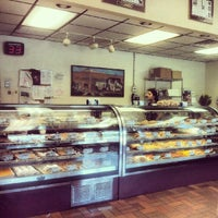 Foto tirada no(a) La Segunda Bakery por Blake C. em 7/3/2012