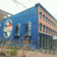 Das Foto wurde bei Pratt Street Ale House von James T. am 2/11/2012 aufgenommen