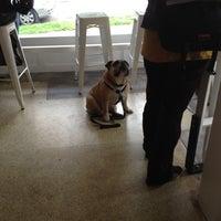 6/8/2012 tarihinde Sarah H.ziyaretçi tarafından Analog Coffee'de çekilen fotoğraf